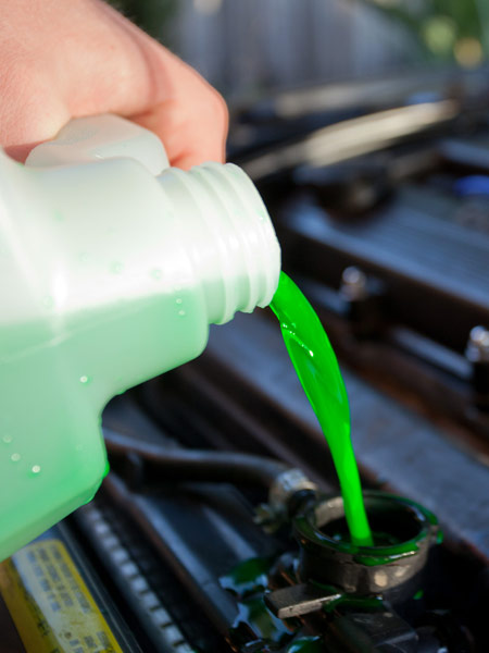 Prezzo-liquido-refrigerante-anticongelante-per-radiatore-lombardia
