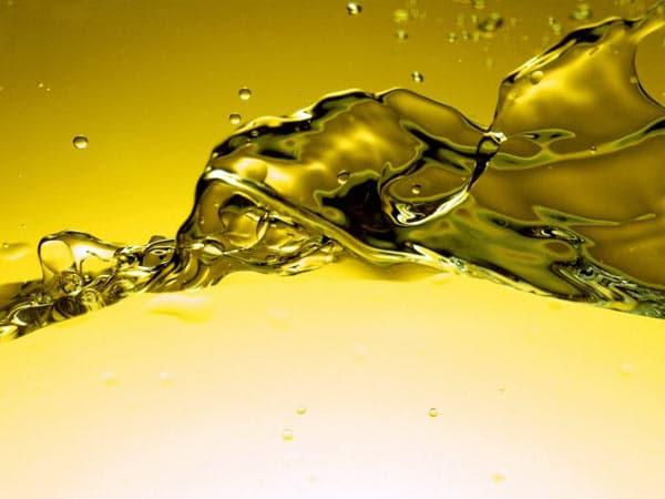 Prezzo-olio-sintetico-per-catena-motosega-lombardia